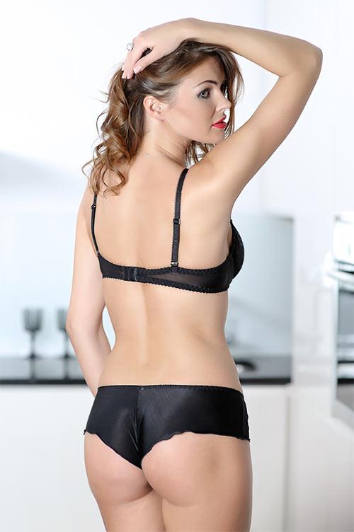 Caprice Gina