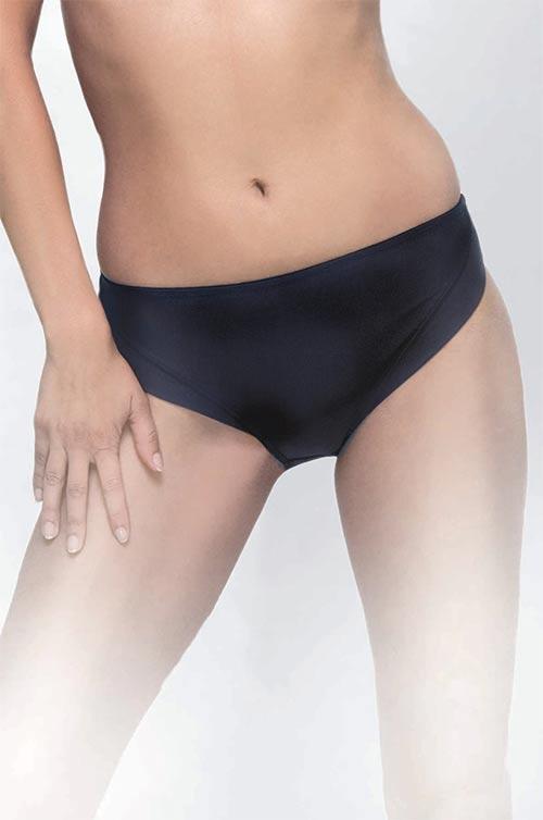 Pohodlné černé dámské kalhotky Triola