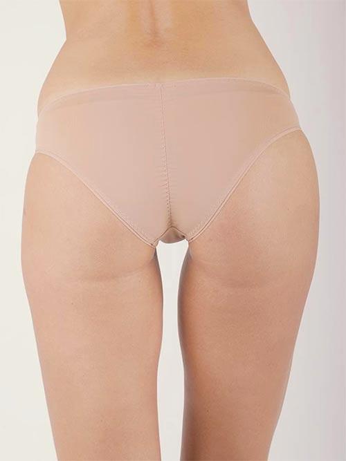Kalhotky tělové barvy