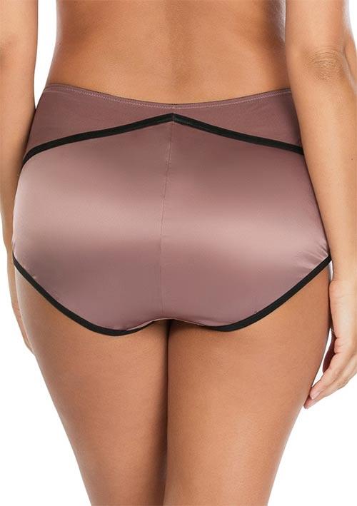 Francouzské kalhotky pro plnější tvary