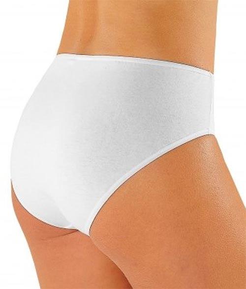 Bílé kalhotky pro starší