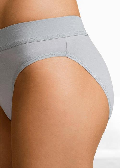 Světle šedé dámské kalhotky