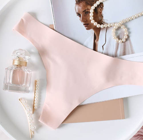 Neviditelné dámské bezešvé tanga kalhotky