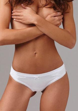 Pohodlné tanga kalhotky z jemné bavlny